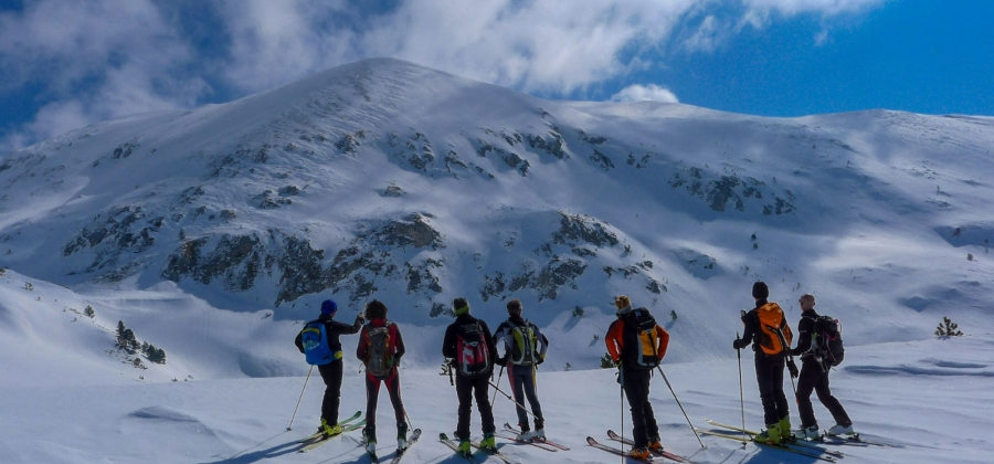 Ski tours in March – plenty of sun and snow!